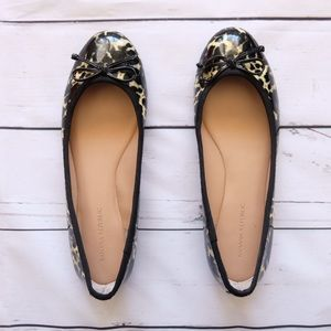 Banana Republic Flat Shoes Size 8.5